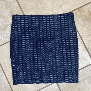 3/$30 Guess Blue Faux Leather Skirt M